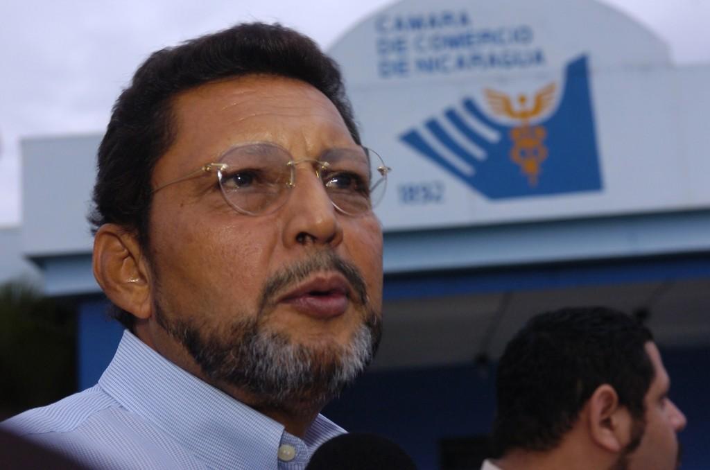 Bayardo Arce.