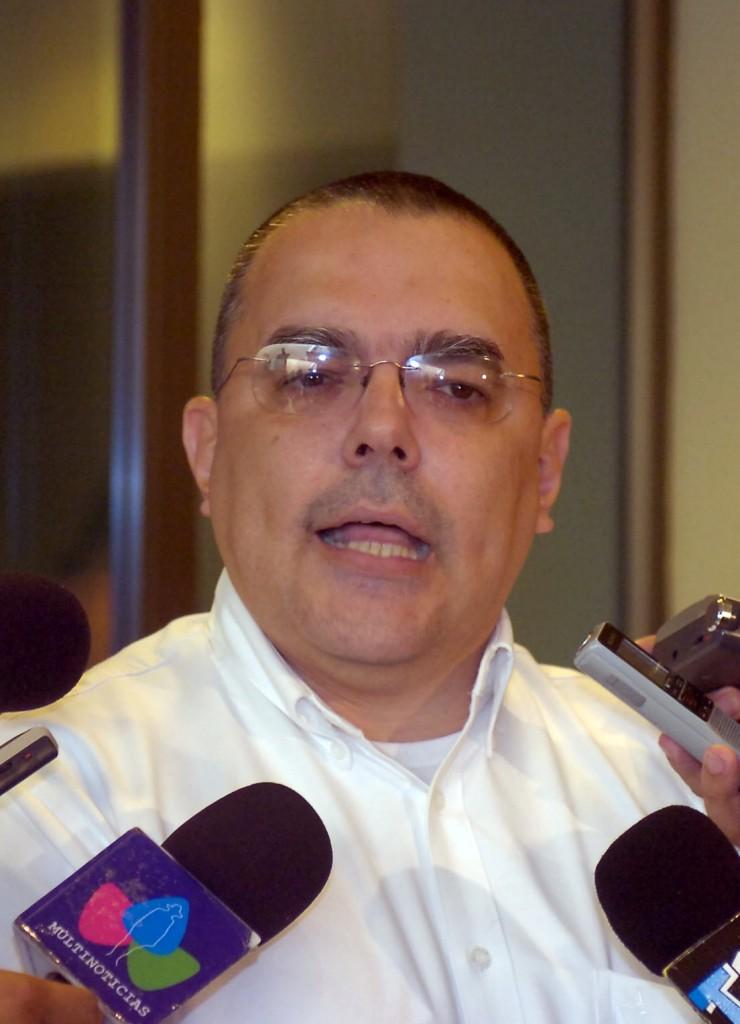 Roberto López, Presidente Ejecutivo del INSS.