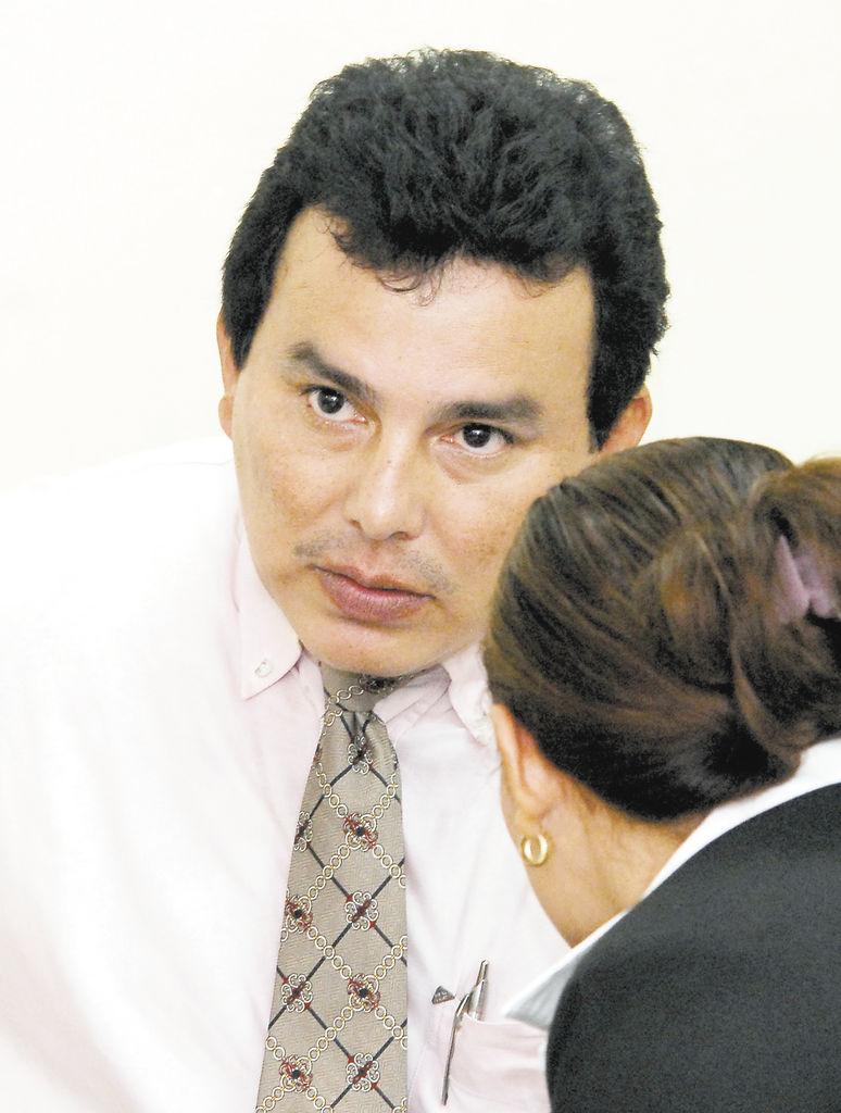 Denuncian que juez confiscó una propiedad