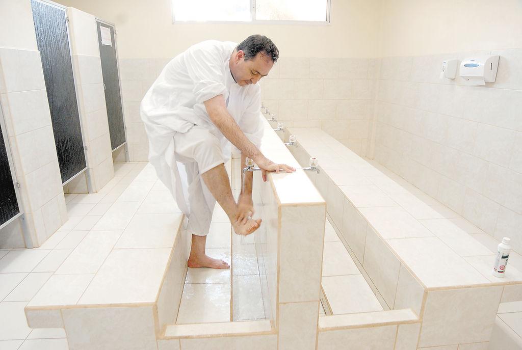 En vida, los musulmanes deben limpiar su cuerpo antes de orar. Pero después de muertos el aseo no deja de ser prioridad.
