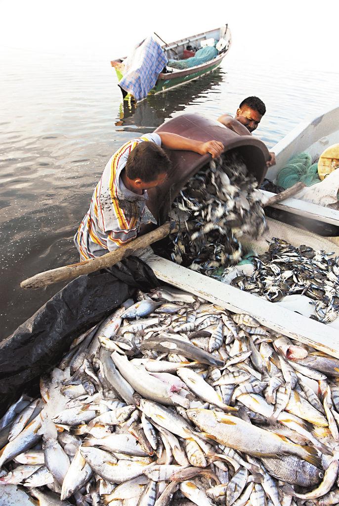 El monumento de los pescadores en San Lorenzo, Honduras. LA PRENSA/G. FLORES