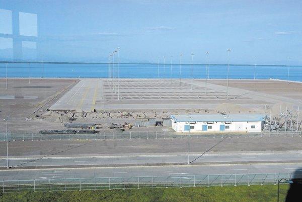 Pese a que el Puerto de la Unión Centroamericana costó millones de dólares, aún no funciona. LA PRENSA/G. FLORES