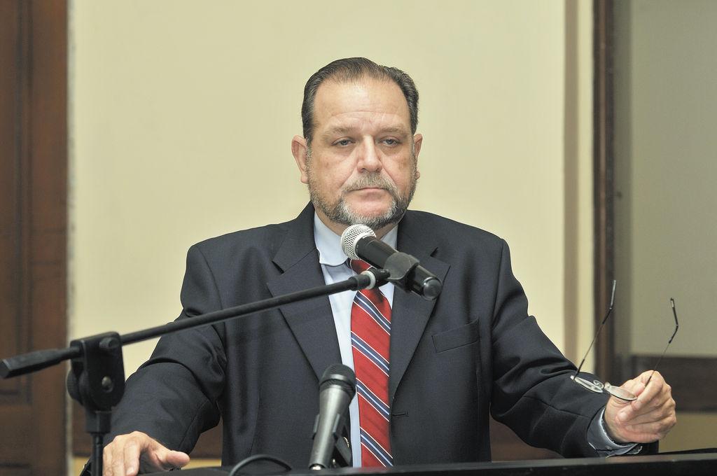 Comisión de Producción da visto bueno a reelección de Martínez Cuenca como directorivo del BCN