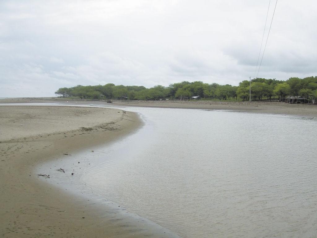 Advierten sobre contaminación en La Boquita