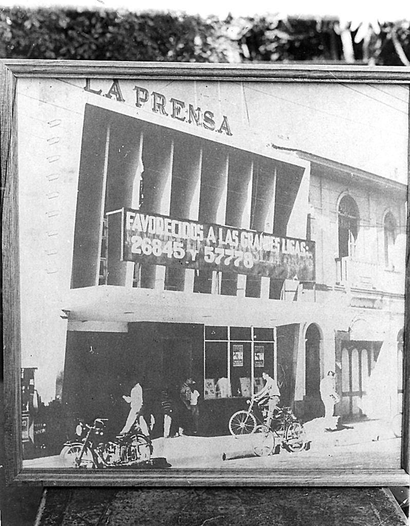 Edificio de LA PRENSA, Calle El Triunfo, 1970.