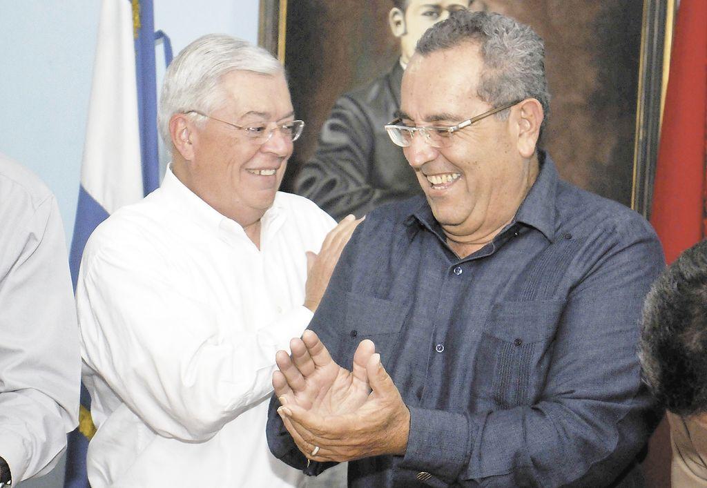 """FSLN y PLC dan la seña a sus """"vices"""""""