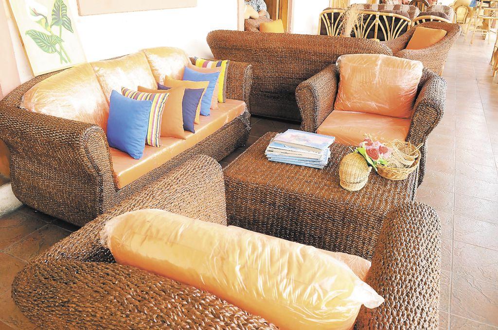 Muebles De Fibra De Pl Tano Con M S Demanda La Prensa