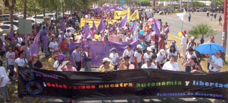 Más participación y más democracia en el Día Internacional de la Mujer