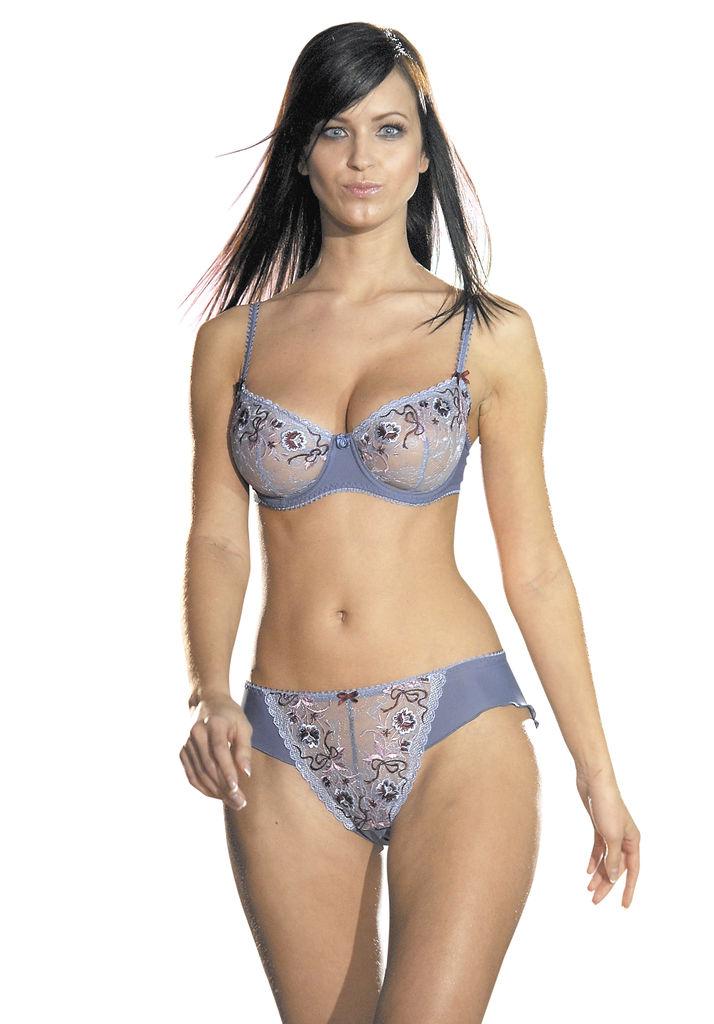 Chicas sin ropa interior sorgusuna uygun resimleri bedava for Chicas sin ropa interior