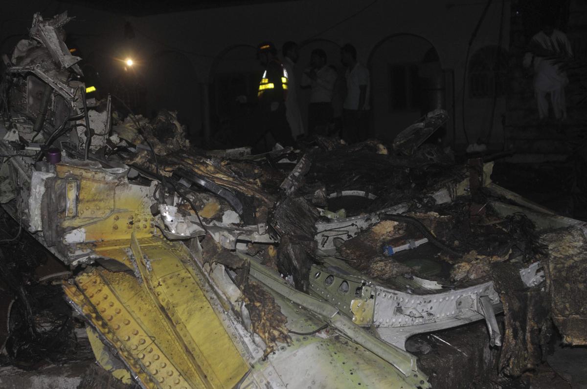 Mueren 127 personas en accidente a reo en pakist n la prensa - Tiempo en pakistan ...