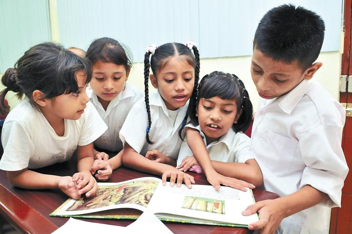 Alumnos que no leen sufren pereza mental