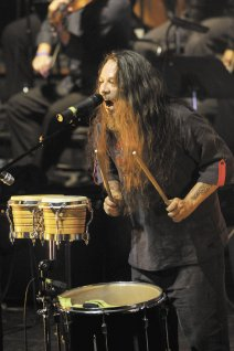 El concierto fue abierto por Danilo Norori, Edgard Aguilar y Luis Enrique Mejía Godoy.