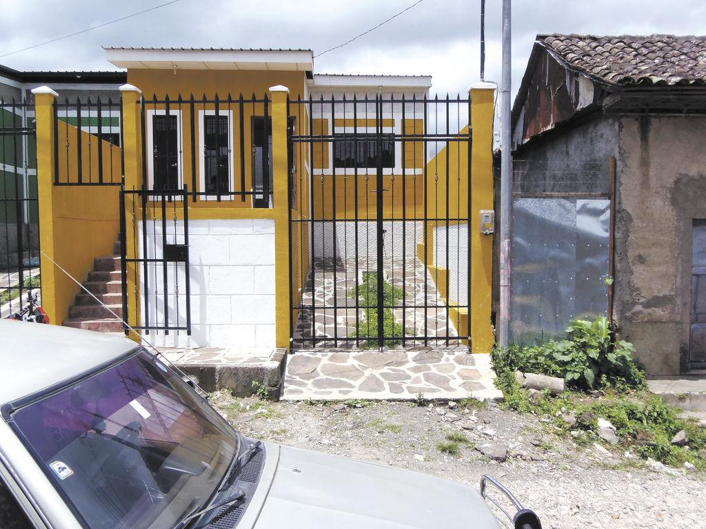 El CEM de Jinotega se trasladó a esta casa, donde ningún rótulo lo identifica ni cuenta con papelería ni computadoras para trabajar. LA PRENSA/ F. RIVERA