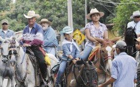 En la capital se realizó el desfile hípico. Otra tradición en los diez días de fiestas patronales de Managua. LA PRENSA/ C. HERRERA