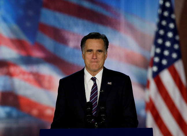 Romney admite derrota