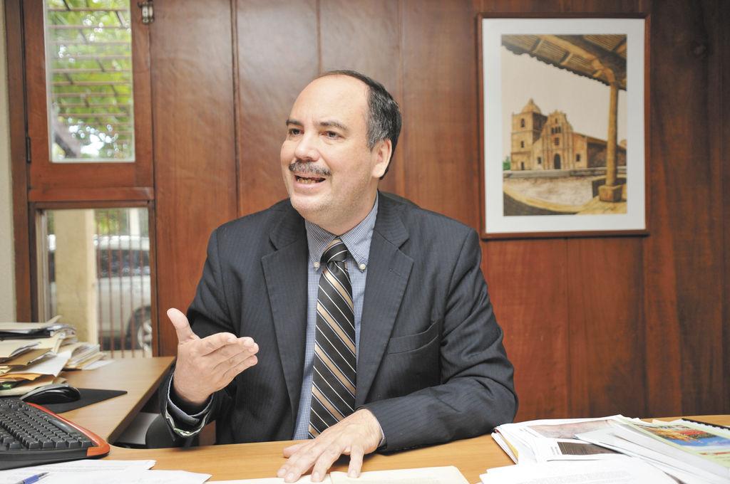 """Confío en que el fallo será un acto de legítima justicia con Nicaragua, a partir de la defensa que se ha venido construyendo en diversas administraciones"""".    Mauricio Herdocia."""