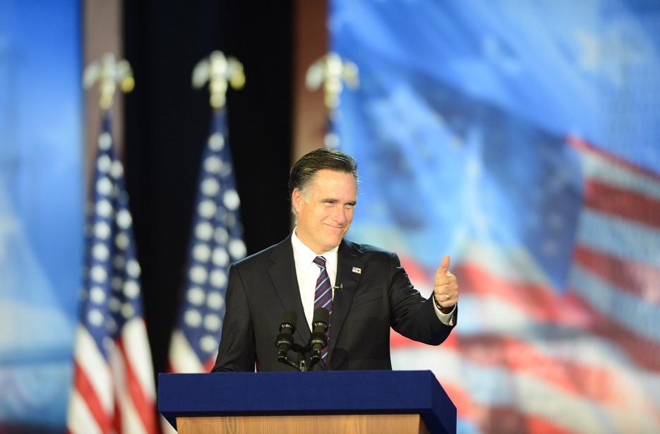 Romney rompe el silencio y critica a Obama