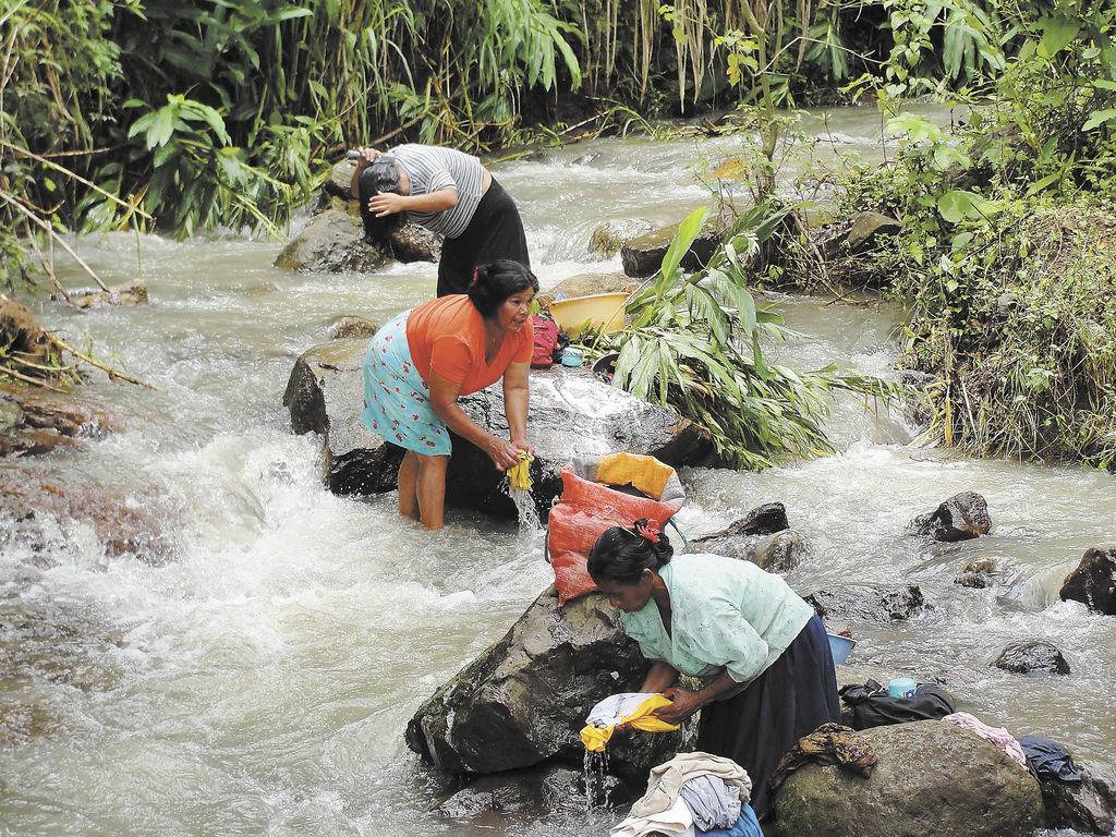 Indígenas Matagalpas aprovechan parte de los recursos que heredaron de sus ancestros. Gran parte de su territorio ha sido arrebatado por el Estado y terratenientes en los últimos 120 años. De aprobarse la Ley implicaría la reivindicación de sus