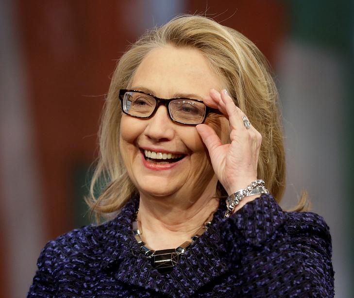 Trump lanza crudos insultos personales a Hillary Clinton