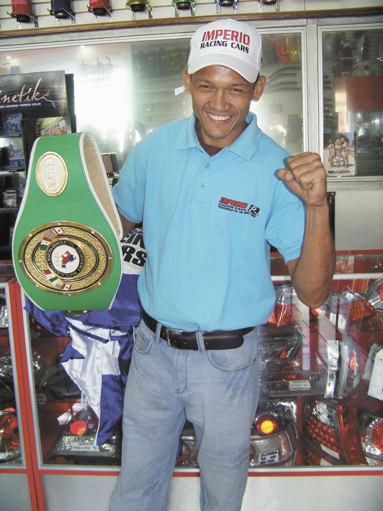 Cajina ganó  pelea en España