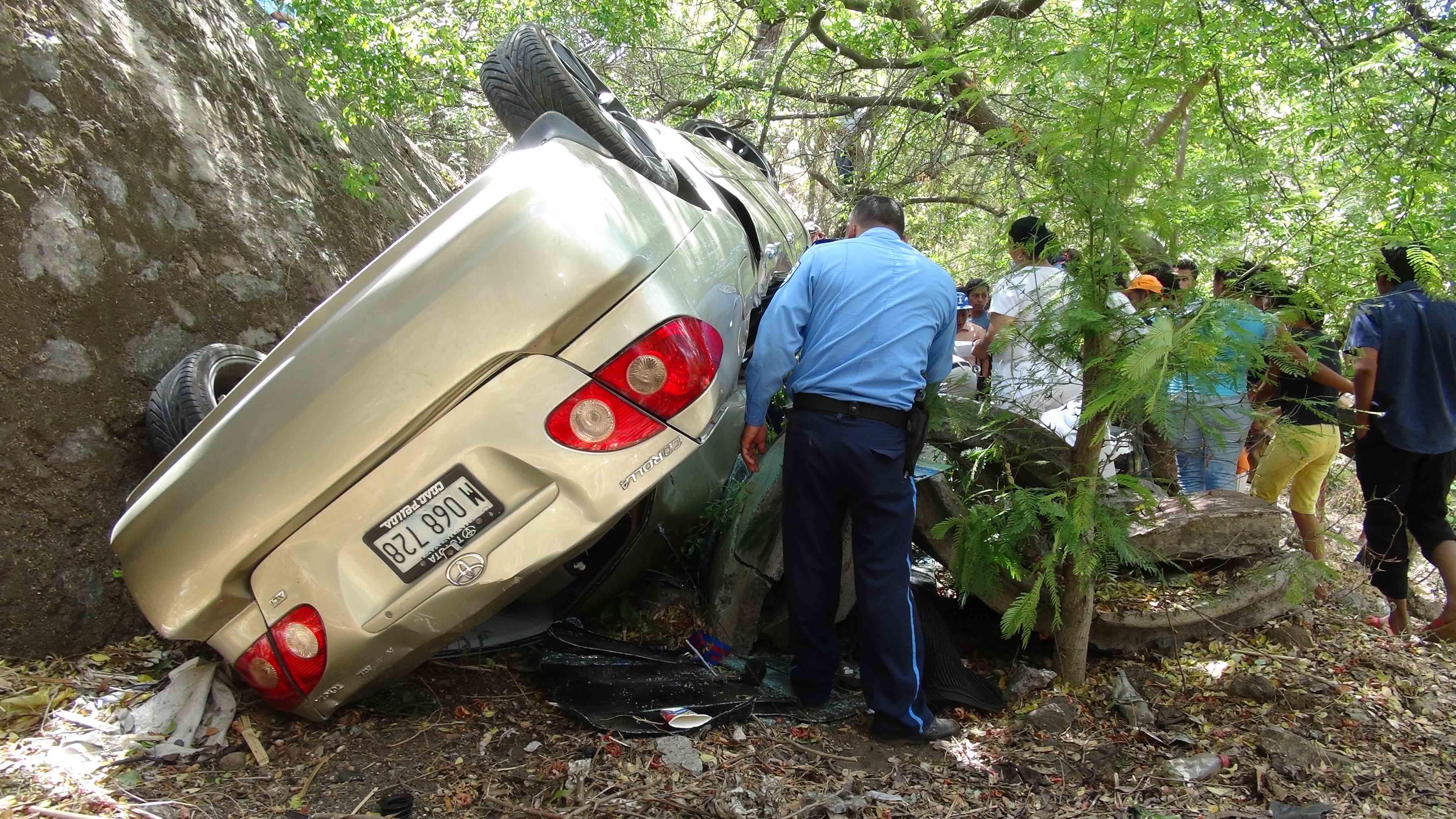 Dos muertos en accidente de tránsito