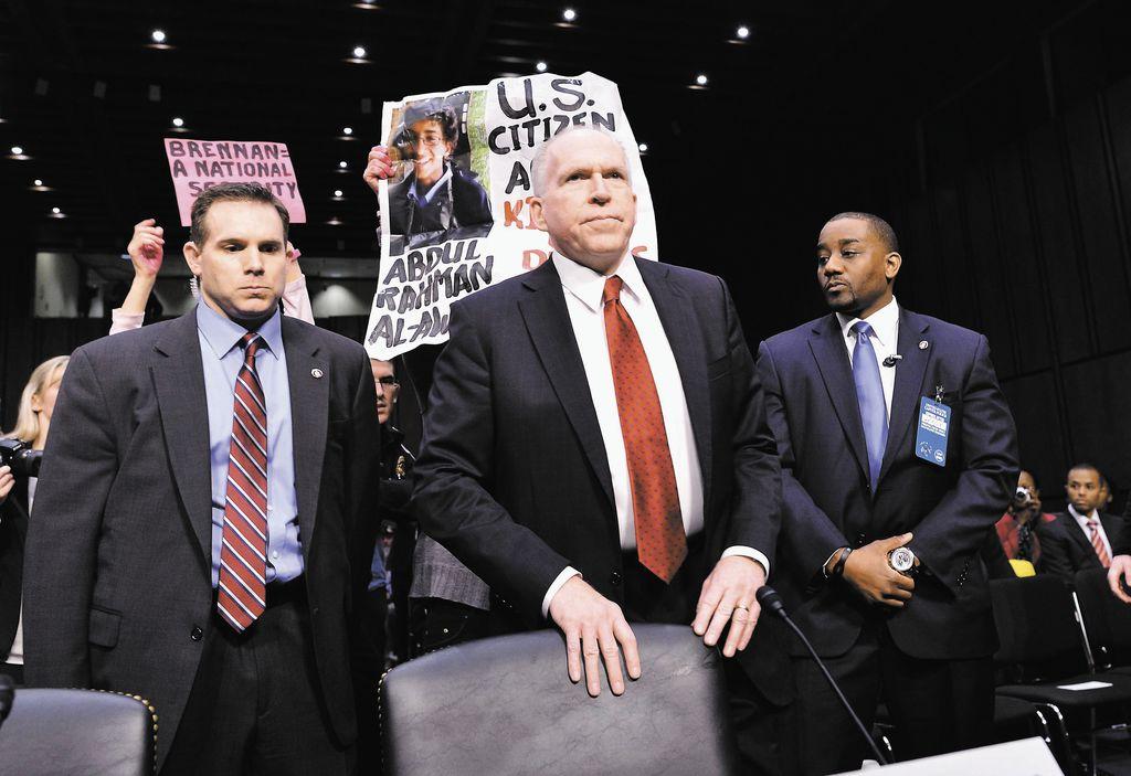 John Brennan,  al centro, candidato a jefe de la CIA.  LA PRENSA/AFP/JEWEL SAMAD