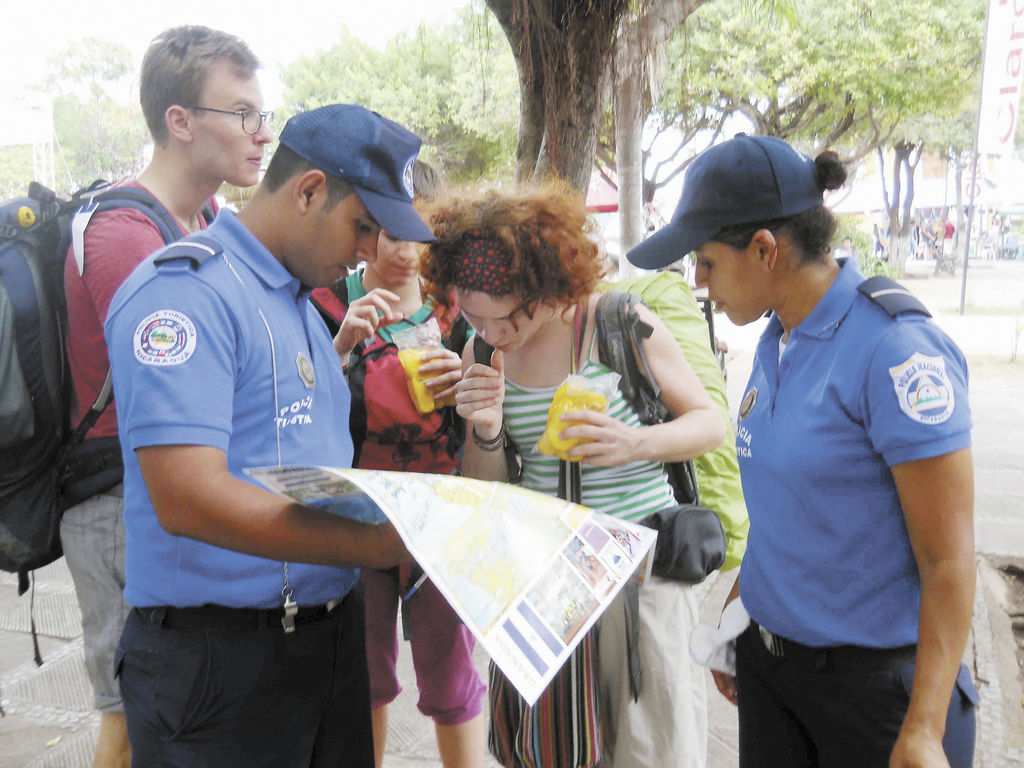Con fuerte resguardo policial