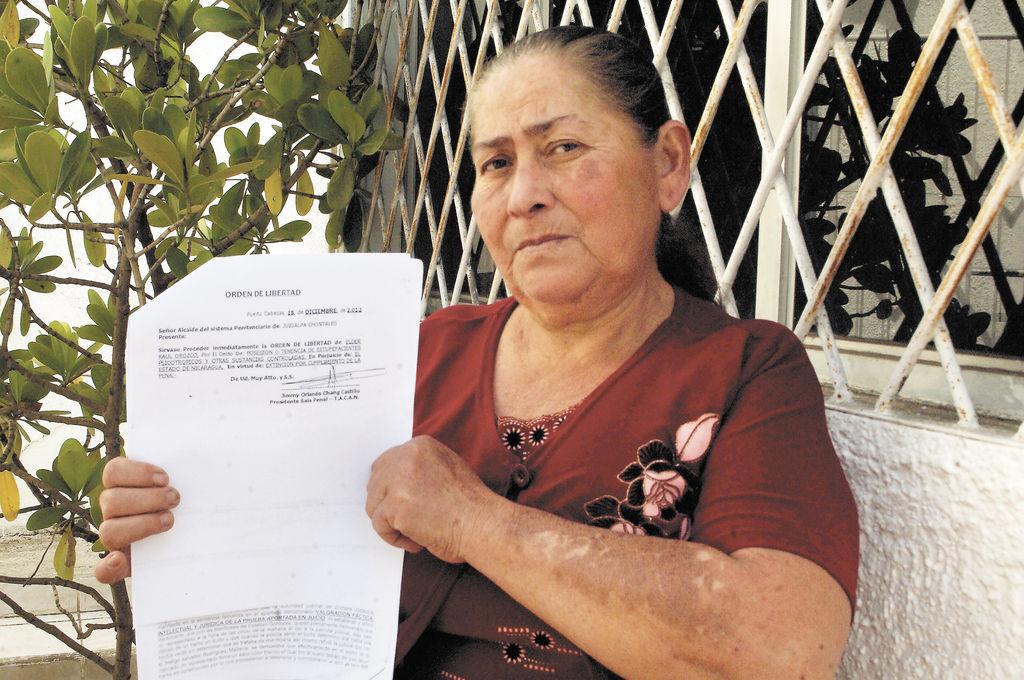 Elba Treminio,  mamá del reo Elder Orozco, denuncia incumplimiento de sentencia judicial. LA PRENSA/ R. ORTEGA