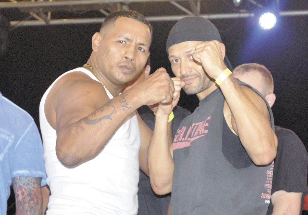 Ricardo Mayorga  y Wesley Tiffer con quien peleará el 28 de abril. LA PRENSA/CARLOS MONTEALTO