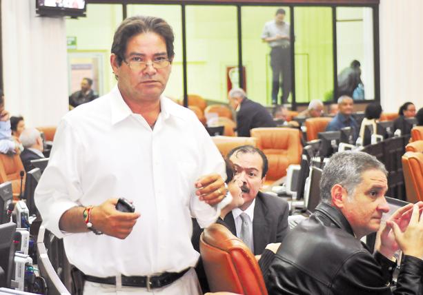Luis Callejas regresará en junio