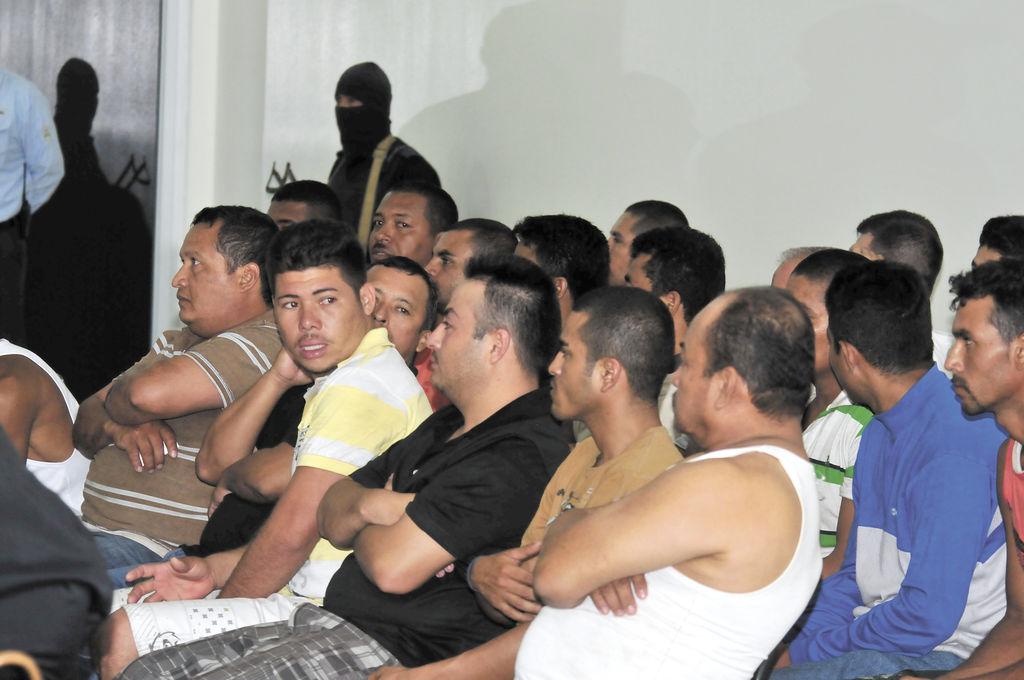 Los 26 detenidos en la operación Temis  supuestamente están vinculados todavía a la agrupación narco de Henry Fariñas y Julio Osuna, según la Policía Nacional. LA PRENSA/M.ESQUIVEL