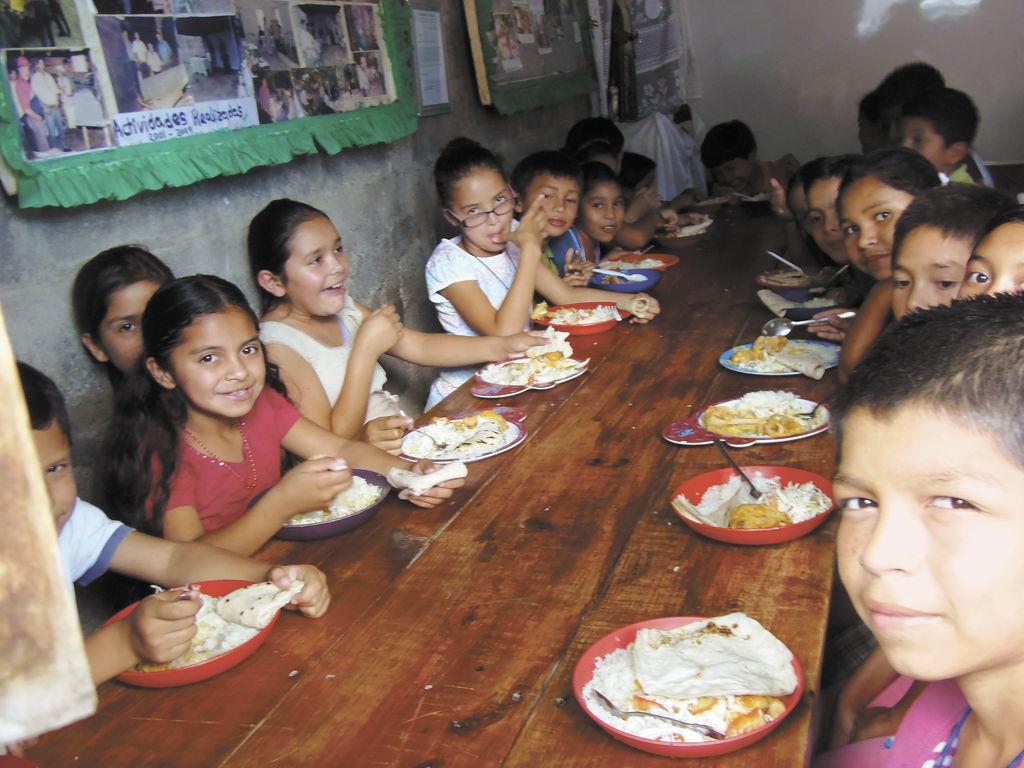 Urge terreno para comedor infantil la prensa for Comedor infantil