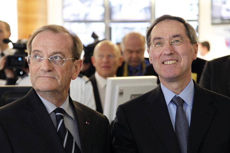 Detenidos por sospecha de fraude dos ex colaboradores de Sarkozy