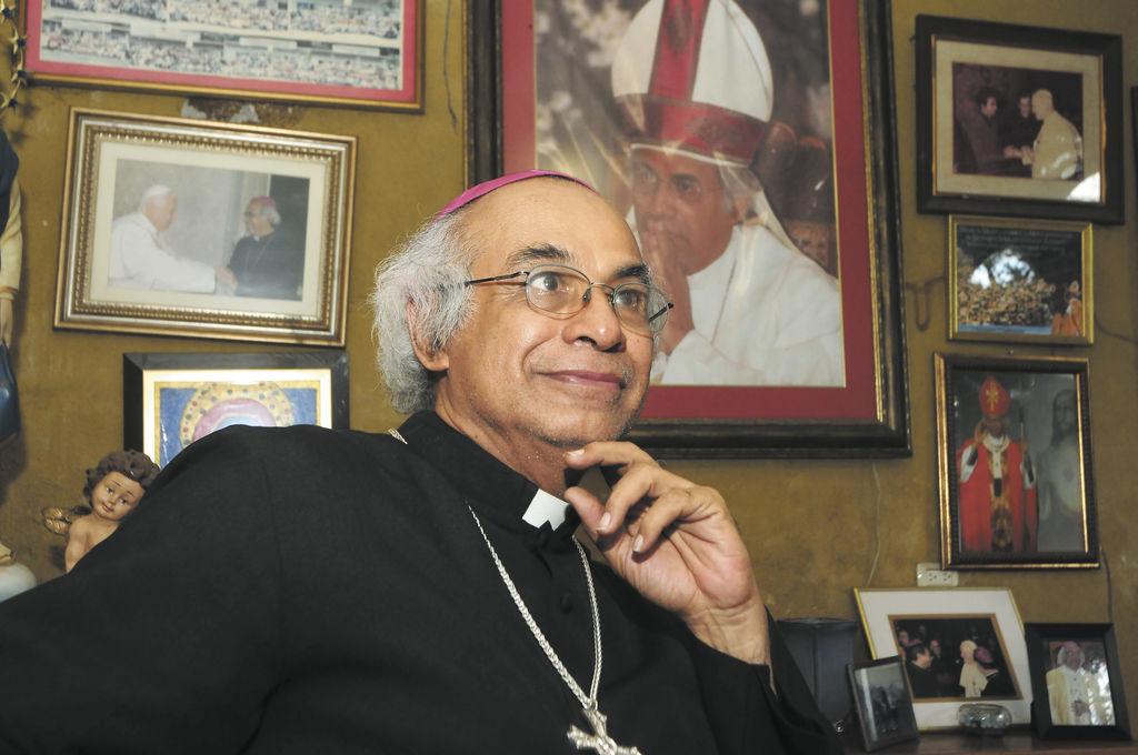 Cardenal Brenes pide elecciones transparentes
