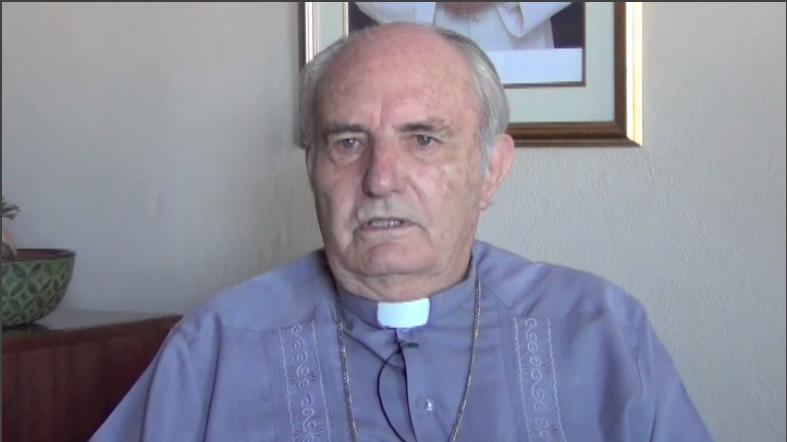 Hombach interpreta eliminación  de título de Monseñor