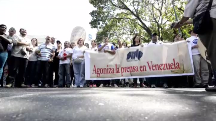Periodistas claman por papel en Venezuela