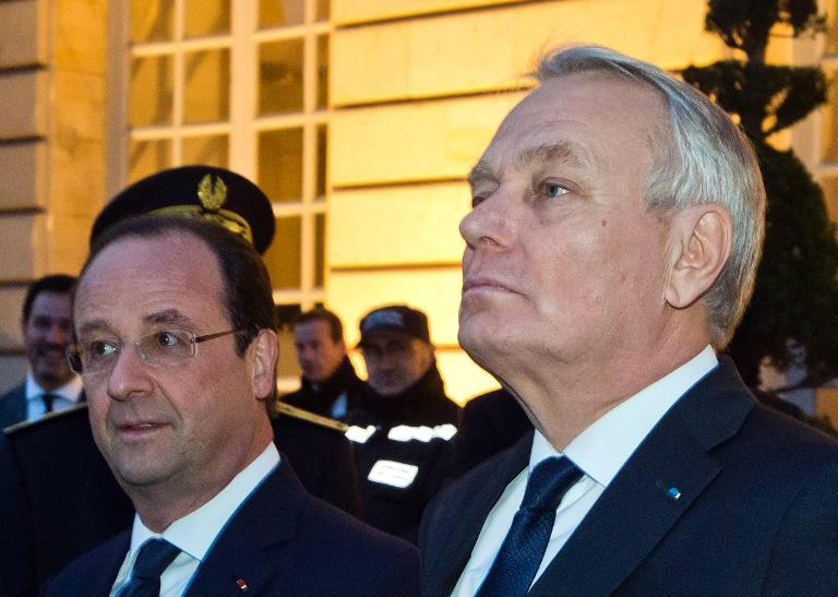 Francia, pendiente de los anuncios de Hollande tras la debacle socialista en las municipales