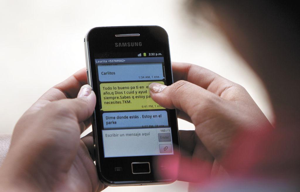 """La publicidad de ZunZuneo decía """"mensajes gratis"""", razón por la cual miles de cubanos se inscribieron a esa red social que funcionaba a través de mensajes de texto. LA PRENSA/ AP"""