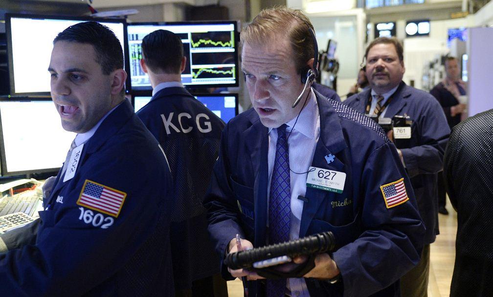El mercado bursátil continúa en pánico tras el Brexit