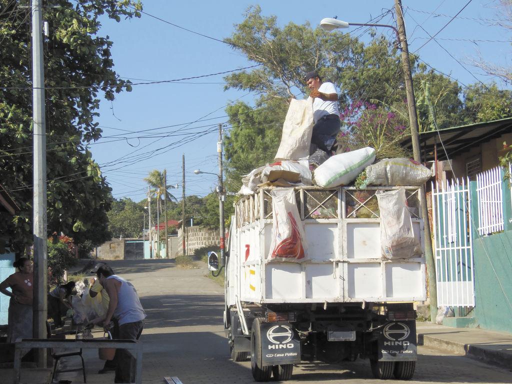 Alza en impuesto de la basura
