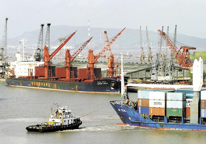 Cae 0.5% exportaciones en Guatemala