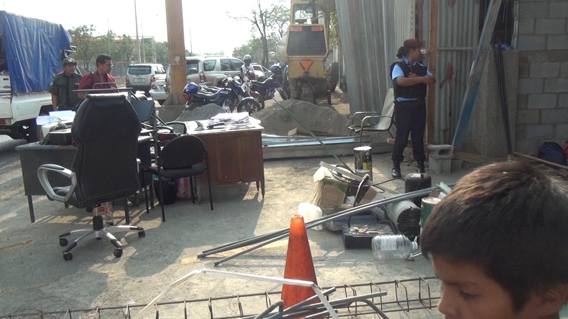 Alcaldía de Managua desaloja despacho de abogados