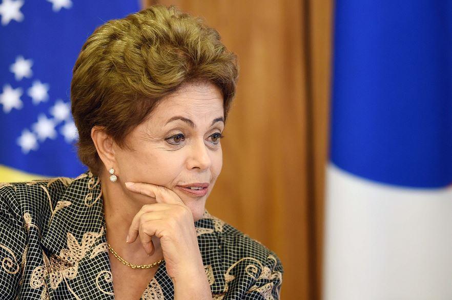 Aprobación del gobierno de Dilma Rousseff se derrumba