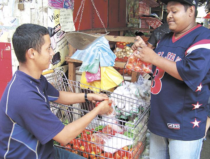 Inflación en Nicaragua retrocede 0.11 por ciento en enero