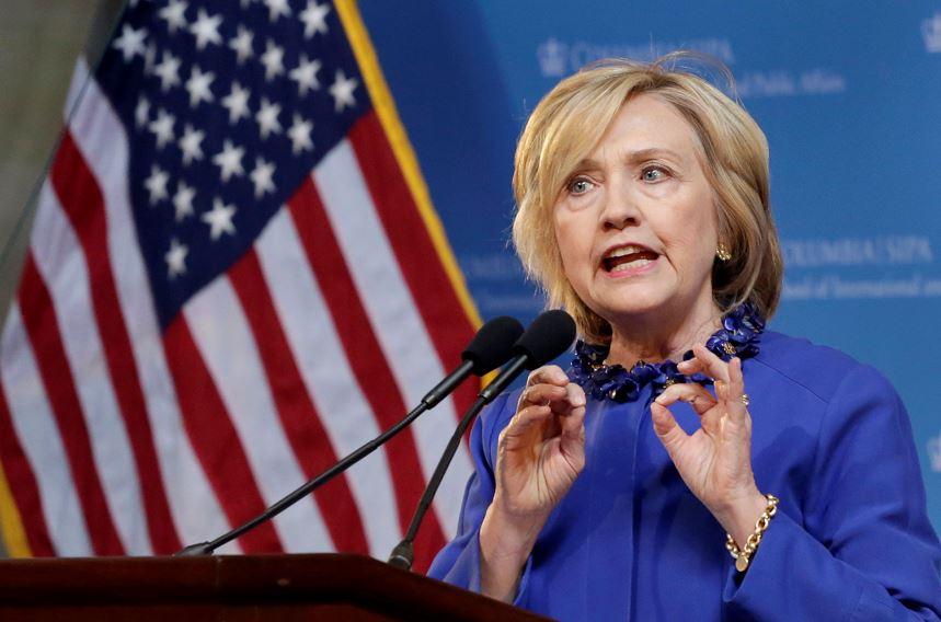 """Hillary Clinton: """"la matanza en Charleston es terrorismo racista"""""""