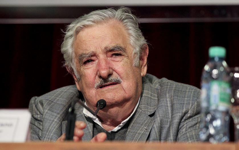 Mujica: los líos de Venezuela tienen que arreglarlos ellos y no los de afuera