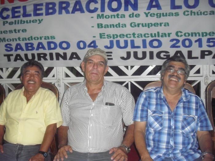 Directivos de la Asociación Taurina de Chontales invitan a un espectáculo taurino, en Juigalpa. LA PRENSA/TROTHSCHUH