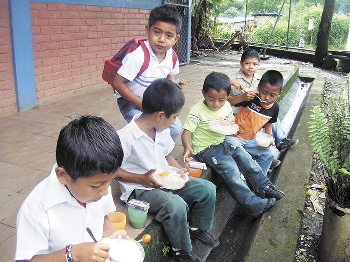 Merienda escolar va rumbo a las escuelas