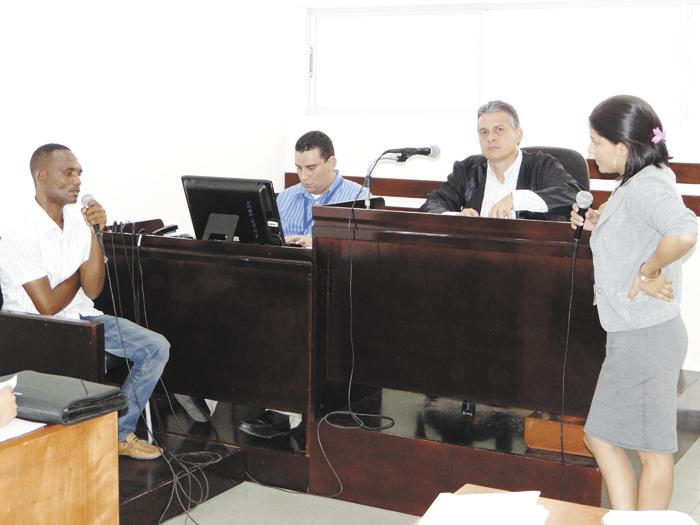 El juez Henry Morales, del Juzgado Sexto  Penal de Audiencia de Managua, admitió los medios de prueba  y recordó la fecha de audiencia inicial para el 10 de septiembre.  LA PRENSA/A. FLORES