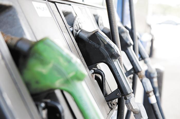 Gasolinas subirán más y el diesel bajará en Nicaragua